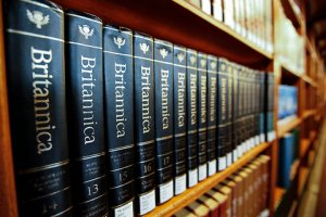 After 244 Years, Encyclopaedia Britannica Stops the Presses - New York Times